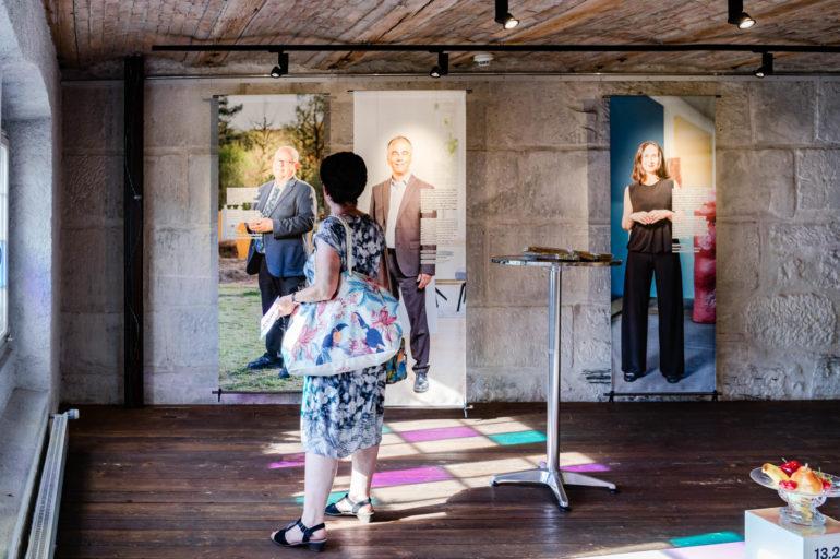 Vernissage Shiva begegnet Suva - Religion und Staat im Alltag, Polit-Forum Bern, 12.8.2020; Bild: Susanne Goldschmid